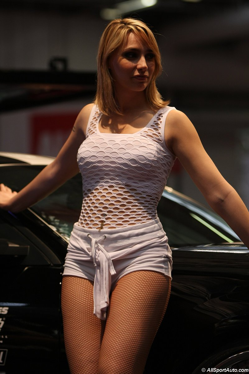 2009_paris_tuning_show_pts_girls_hotesse_09_sb