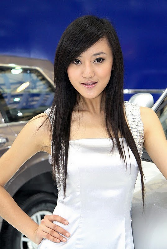 sexy-babes-of-the-shanghai-auto-show-part-ii-1