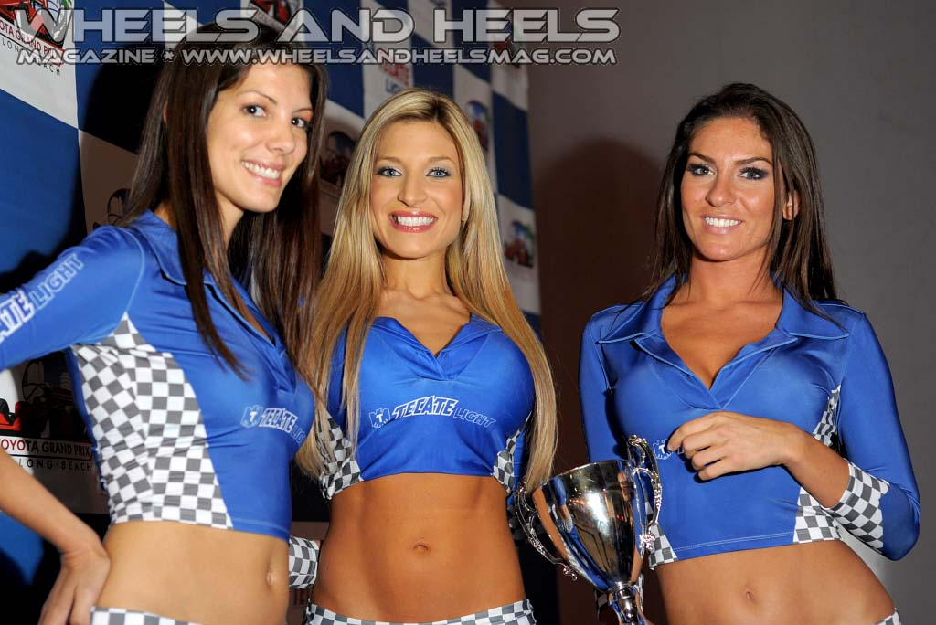wheels-and-heels-mag-tecate-girls-2011-toyota-grand-prix-lb-452